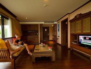 The Imperial Adamas Beach Resort Phuket - Living room