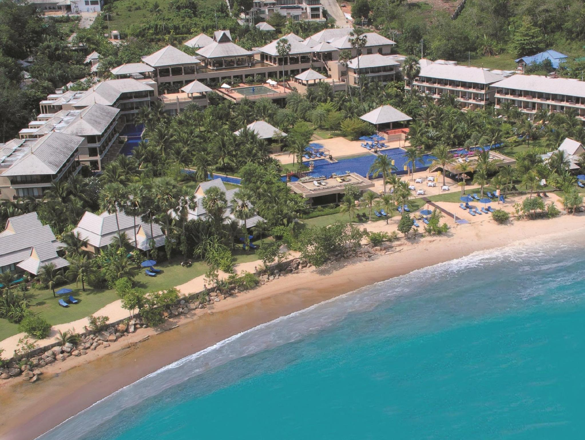 The Imperial Adamas Beach Resort