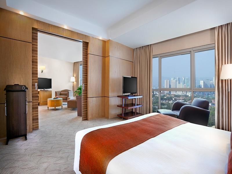 Crowne Plaza Manila Galleria - Hotels and Accommodation in Philippines, Asia