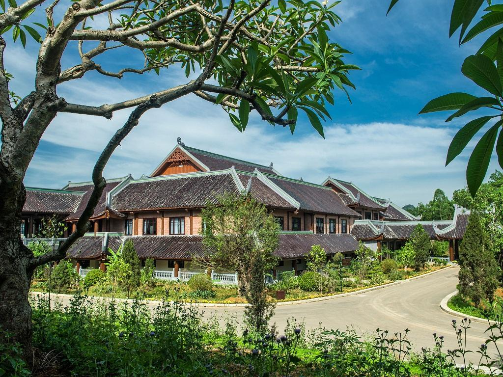 Bai Dinh Hotel - Hotels and Accommodation in Vietnam, Asia