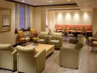 Acme Hotel Чикаго (Иллинойс) - Интерьер отеля.