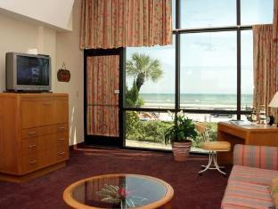 Room photo 1 from hotel Oceanside Inn