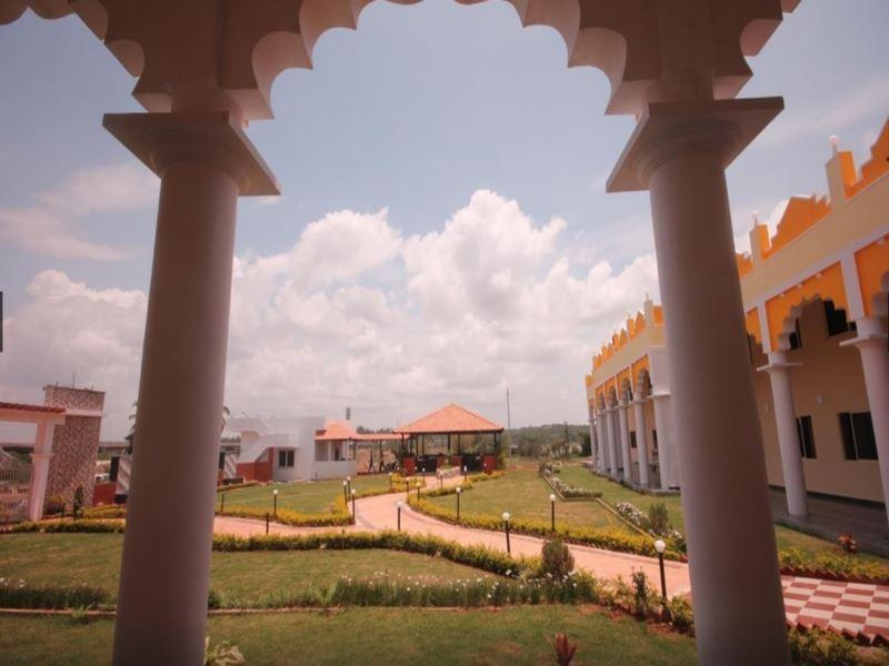 Stay Simple Brindavan Hotel - Mysore