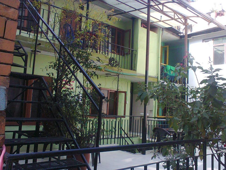 Hotel Sisters Home