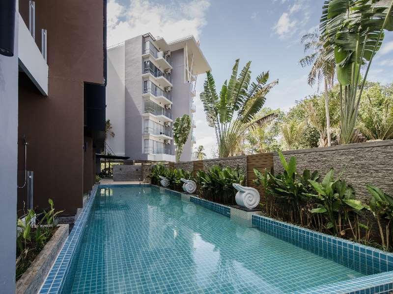 Chic Condominium and Residences
