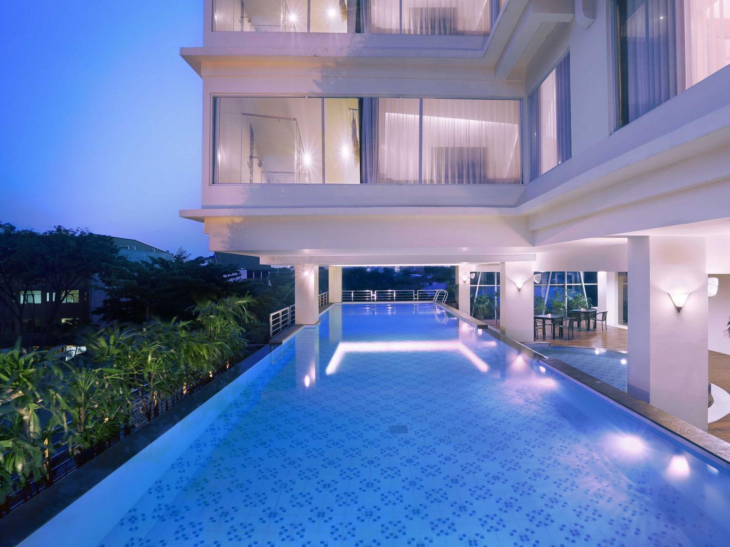 Quest Hotel Surabaya - Hotels and Accommodation in Indonesia, Asia