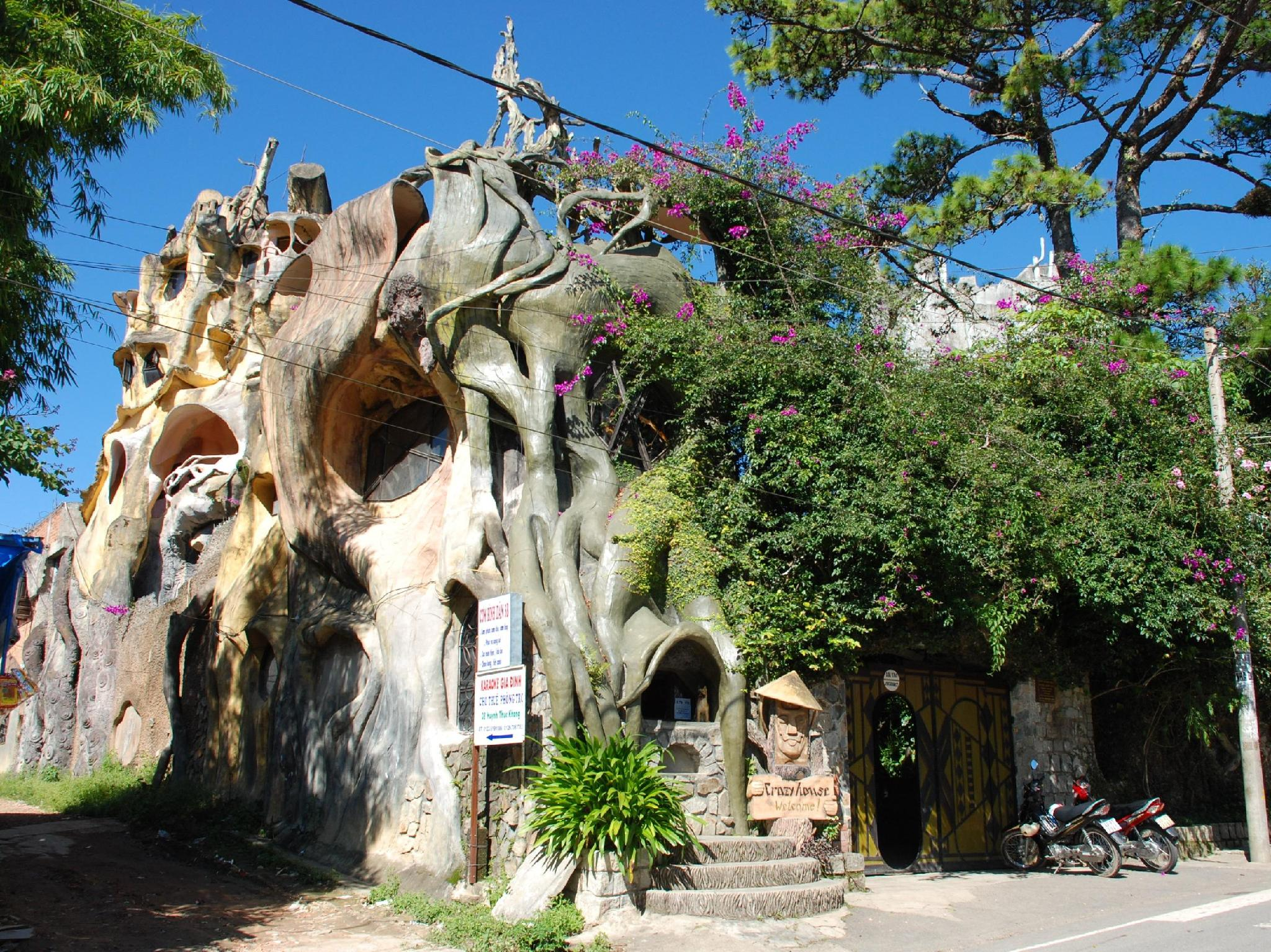 Crazy  House Dalat - Hotels and Accommodation in Vietnam, Asia