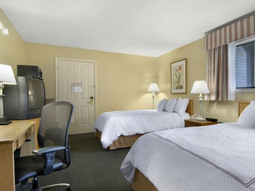 ➦  Best Western International    (Vermont) customer rating