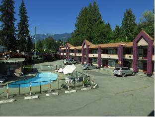 North Vancouver Hotel Vancouver (BC) - zunanjost hotela