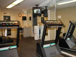 Quality Suites Toronto Airport Toronto (ON) - Fitness Room