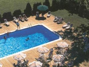Gouverneur Ile Charron Hotel Longueuil (QC) - Swimming Pool