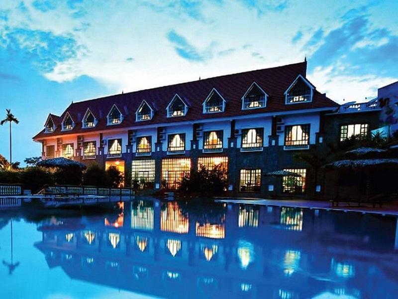 V Resort - Hotell och Boende i Vietnam , Hoa Binh
