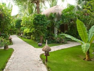 Cham Villas Boutique Luxury Resort Phan Thiet - Garden