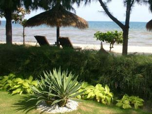 Cham Villas Boutique Luxury Resort Phan Thiet - Beach