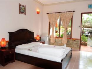 Vinh Suong Seaside Resort - Room type photo