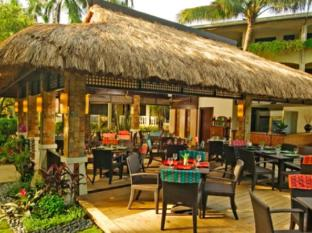 Costabella Tropical Beach Hotel Cebu - Food, drink and entertainment