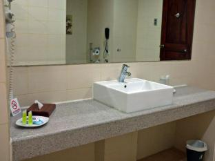 Grand Men Seng Hotel Davao City - Bathroom