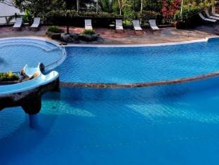 Lake Kenyir Resort Tasik Kenyir - Swimming Pool