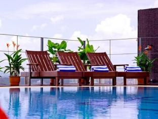 Ariva Gateway Kuching - Swimming Pool