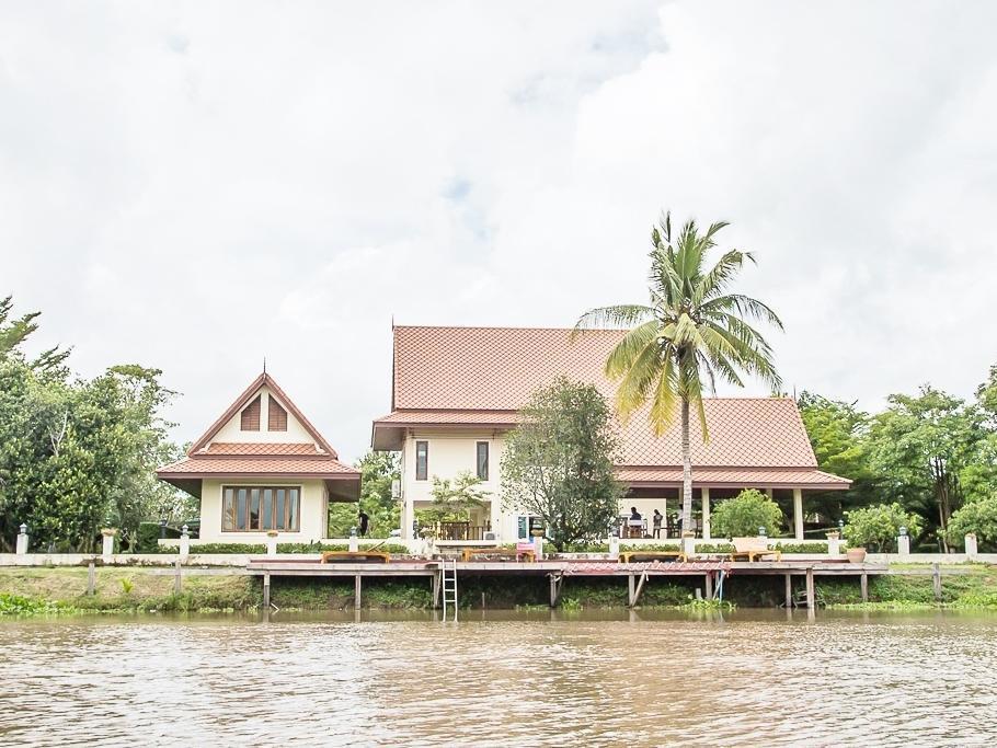 Tharnrarin Villa - Suphan Buri