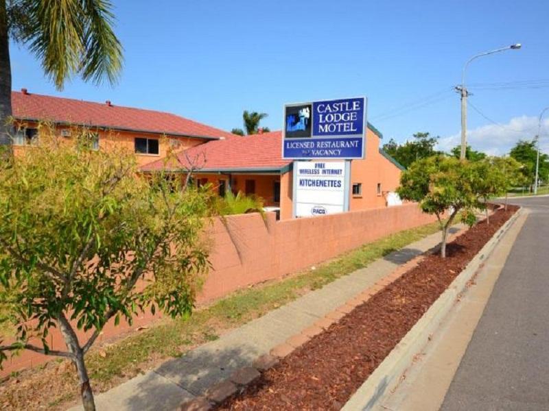 Castle Lodge Motel - Hotell och Boende i Australien , Townsville