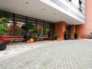 Expo Hotel Прага - Зовнішній вид готелю