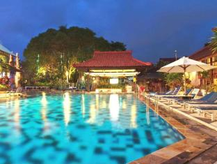 Grand Istana Rama Hotel Bali - Swimming Pool