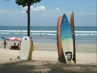 Grand Istana Rama Hotel Bali - Across Kuta Beach