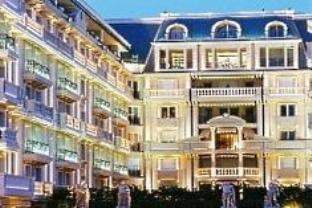 メトロポール パレス ホテルの外観