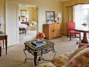 Four Seasons Hotel Dublin - Suite Room