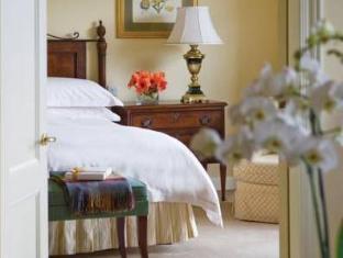 Four Seasons Hotel Dublin - Guest Room