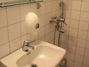 Hotel Ava Helsinki - Bathroom