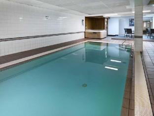 Medina Serviced Apartments Canberra Canberra - Swimming Pool
