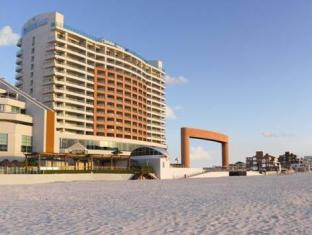 Beach Palace Resort - All Inclusive Cancun - Exterior