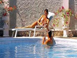 Doctors Cave Beach Hotel Montego Bay - Swimming Pool