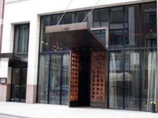 Chambers Hotel New York (NY) - Entrance