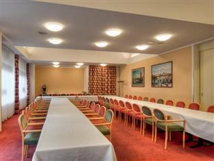 Conference Partner Hotel Globus Praga - Sala de reuniones