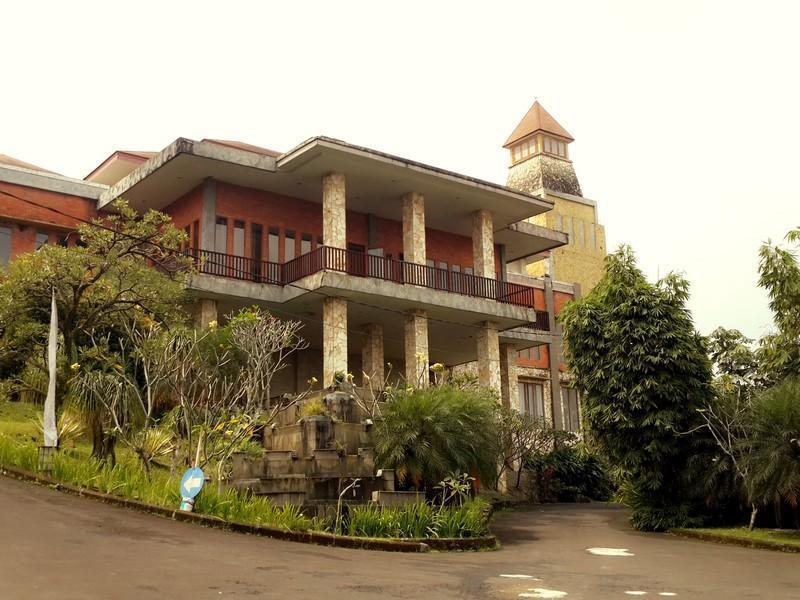 Bukit Gumati Batutulis Hotel - Hotels and Accommodation in Indonesia, Asia
