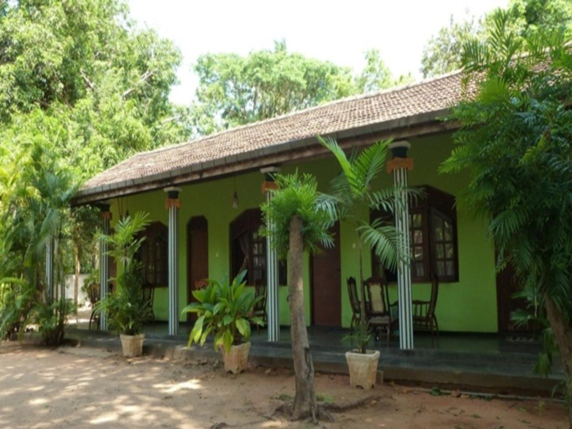Regina Holiday Home - Hotels and Accommodation in Sri Lanka, Asia