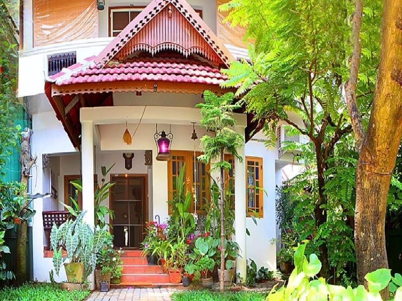 Heavenly Homestay - Kochi