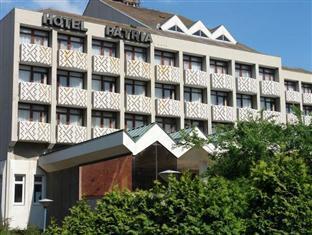 Hotel Patria Pečas - Viešbučio išorė