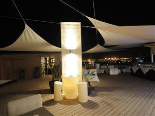 Hivernage Hotel & Spa Marakeš - bar/salon