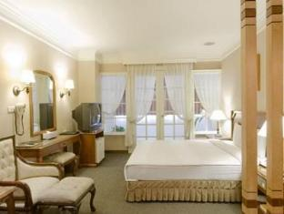 Marquess Hotel - More photos