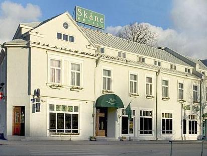 Hotel Skane Tallinn - Hotellet från utsidan