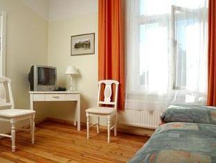 Hotel Skane Talin - soba za goste