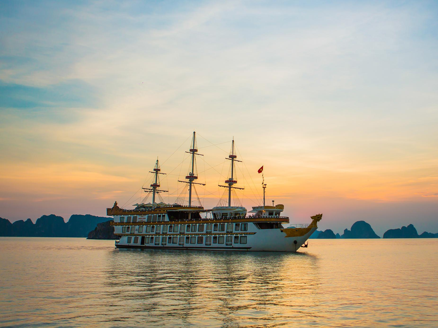 Dragon Legend Cruise - Halong