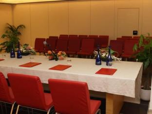 Montaperti  Hotel Siena - Meeting Room