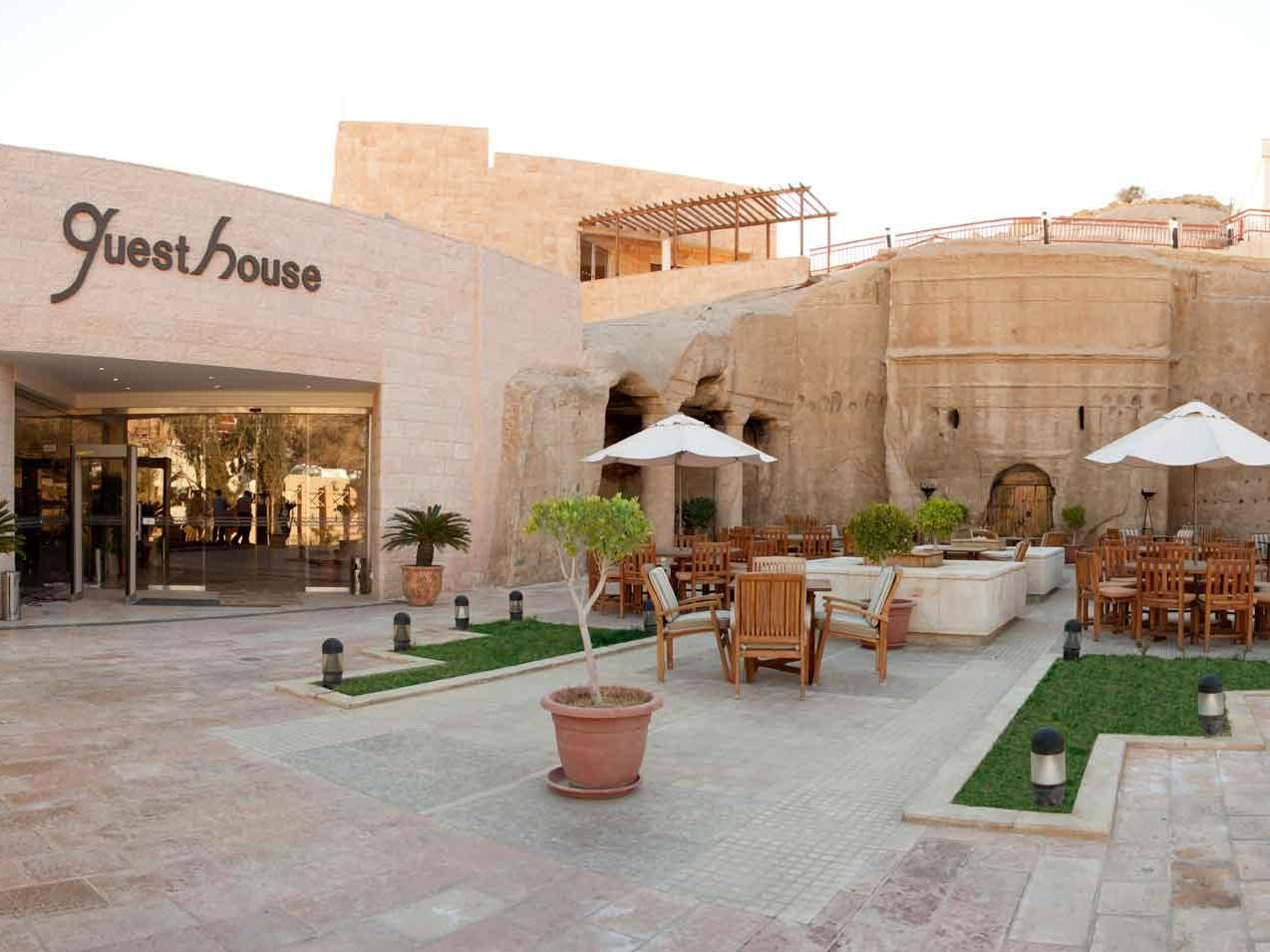 Petra Guest House Hotel - Hotels and Accommodation in Jordan, Middle East