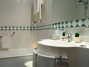 Idea Hotel Genova San Biagio Genoa - Bathroom