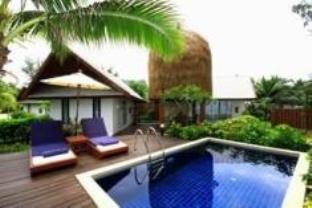 โรงแรมรีสอร์ทTwin Lotus Resort & Spa โรงแรมในเกาะลันตา กระบี่